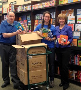 Barnes and Noble, Eric, Catherine, CMJ, loading books